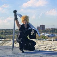 """<strong>Косплеер - daGoN Фотограф - Луффи Монкей Фендом - Final Fantasy 7 Advent Children</strong><br/> <span style=""""font-size:0.8em"""">Используйте стрелки чтобы листать изображения</span><br/> <a href=""""http://sengie.ru/gallery/user/Sanwer/71/1089""""><span style=""""font-size:0.8em"""">Комментировать(0)</span></a> <a href=""""http://sengie.ru/gallery/user/Sanwer/71/1089""""><span style=""""font-size:0.8em"""">Рейтинг:(+2)</span></a>"""